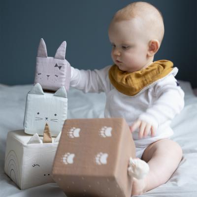 jouet BIO cubes d'éveil